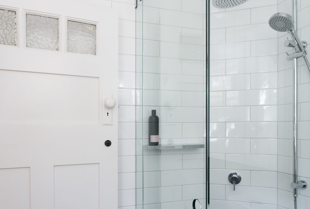 Top Benefits of Frameless Shower Doors